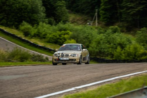 BMW 328i Tėvas Racing